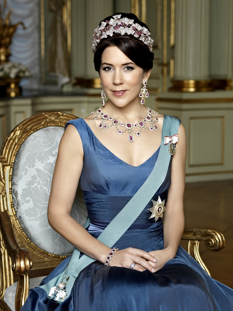 princess mary The danish royal family donned cosy beanies and waterproof jackets on the second day of their visit to the faroe islands crown princess mary is joined by her husband, prince frederik, and four.